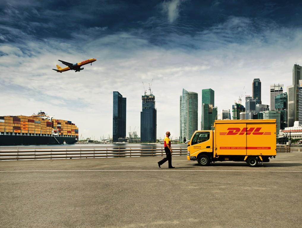 DHL acelerará sus operaciones esta temporada navideña para romper récords de entrega en los Estados Unidos